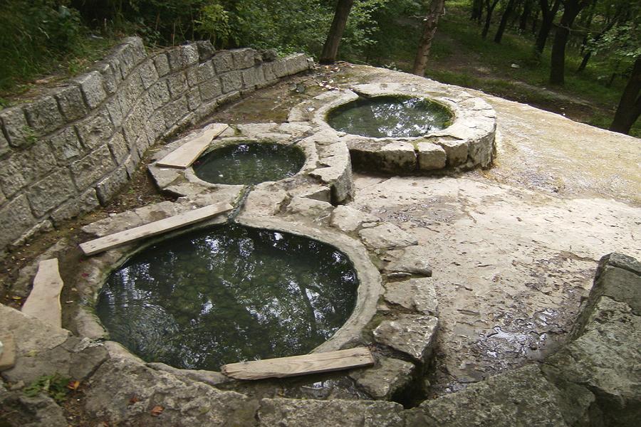 Термальные источники Пятигорска,Пушкинские ванны